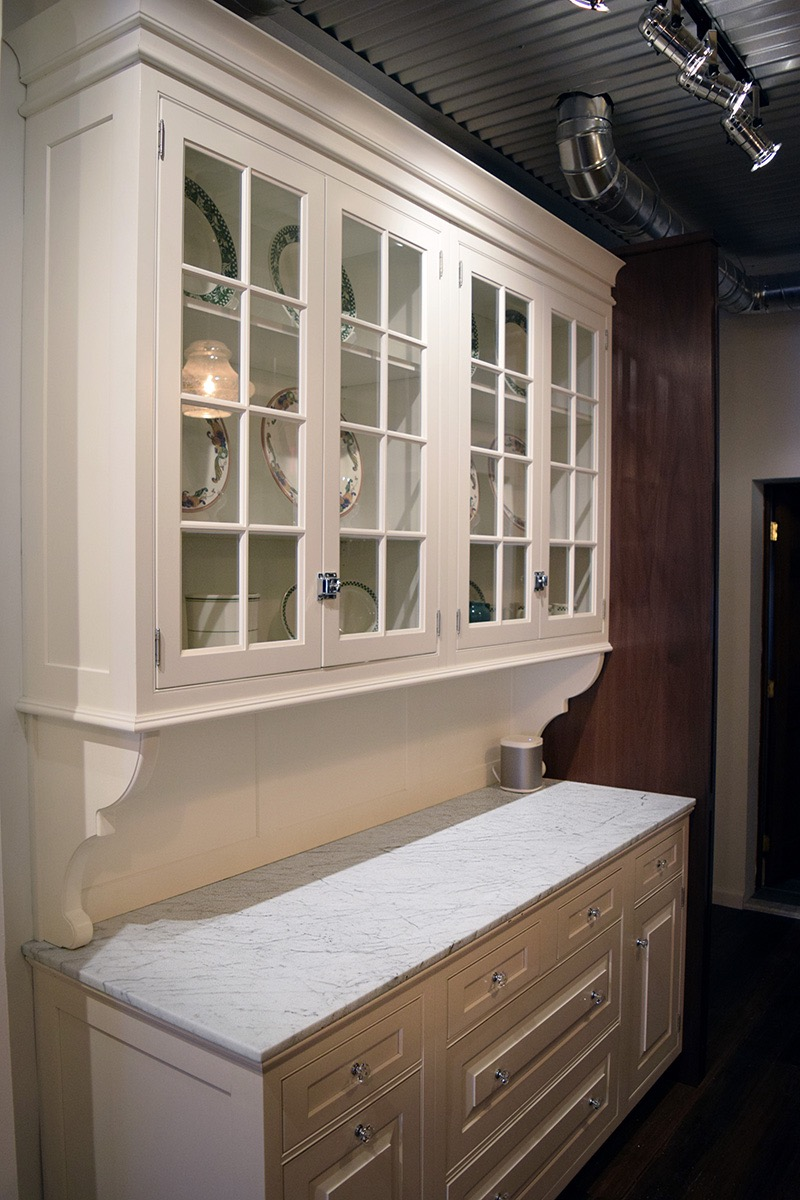 Carrara Marble Hutch