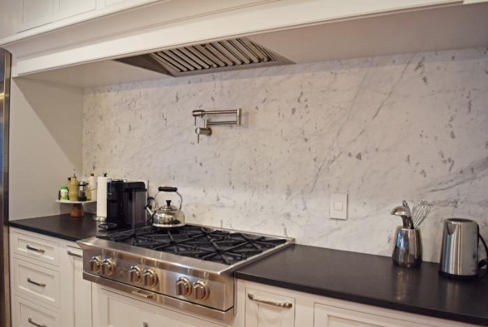 Absolute Black Leathered Granite Carrara Marble Full Backsplash